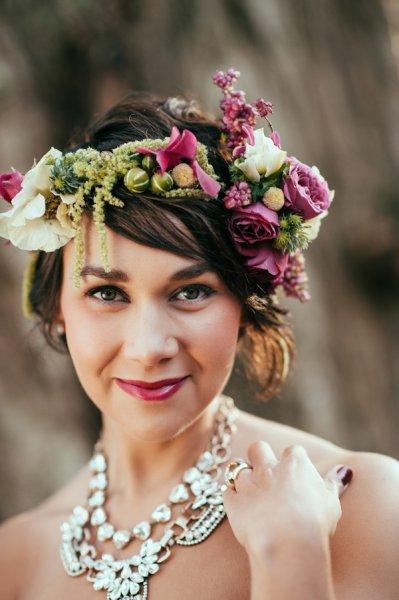 17-a-shflowers-and-greenery-and-a-matching-lipstick.jpg