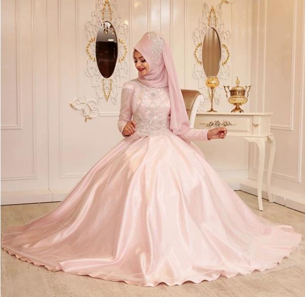 2018-tesettur-abiye-elbise.png