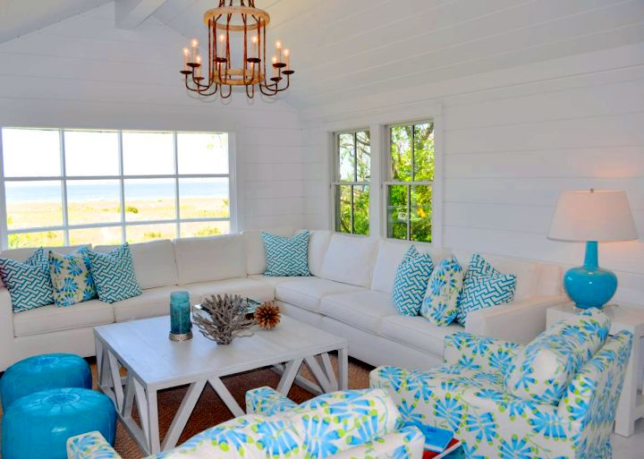 bright-turquoise-living-room-decor-with-lovely-chandelier.jpg