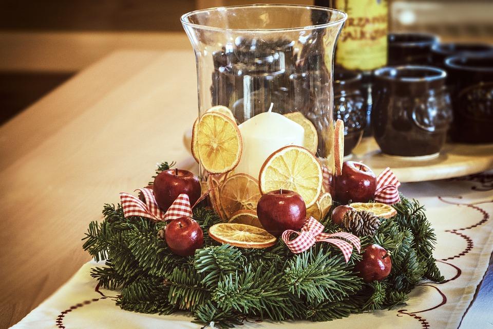 christmas-decoration-1921569_960_720.jpg