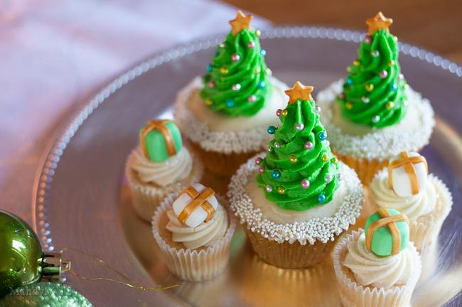 Christmas+Tree+Cupcake-2103.jpg