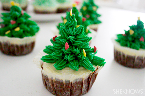 christmas-tree-cupcakes-decorating-step-6-put-sprinkles-on.jpg