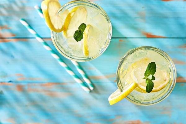 dimes-light-limonata-one.jpg