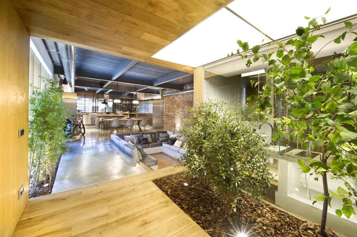 Entrance-Hall-Loft-Style-Home-Terrassa-Spain.jpg