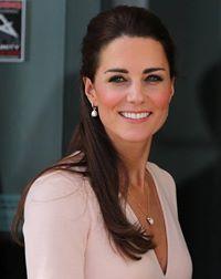 Kate_Middleton_Sac_Modelleri (7).jpg