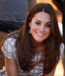 Kate_Middleton_Sac_Modelleri (9).jpg