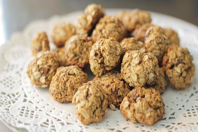 kilo-aldirmayan-elmali-yulafli-kurabiye-2.jpg