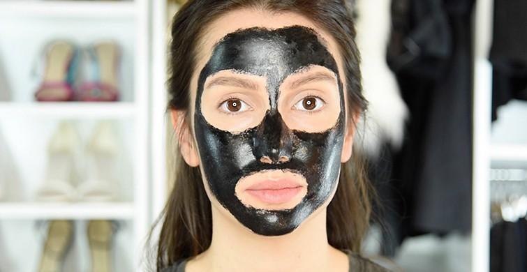 komur_maskesi_siyah_maske_karbon_peeling_ev_yapimi_tarifi.jpg