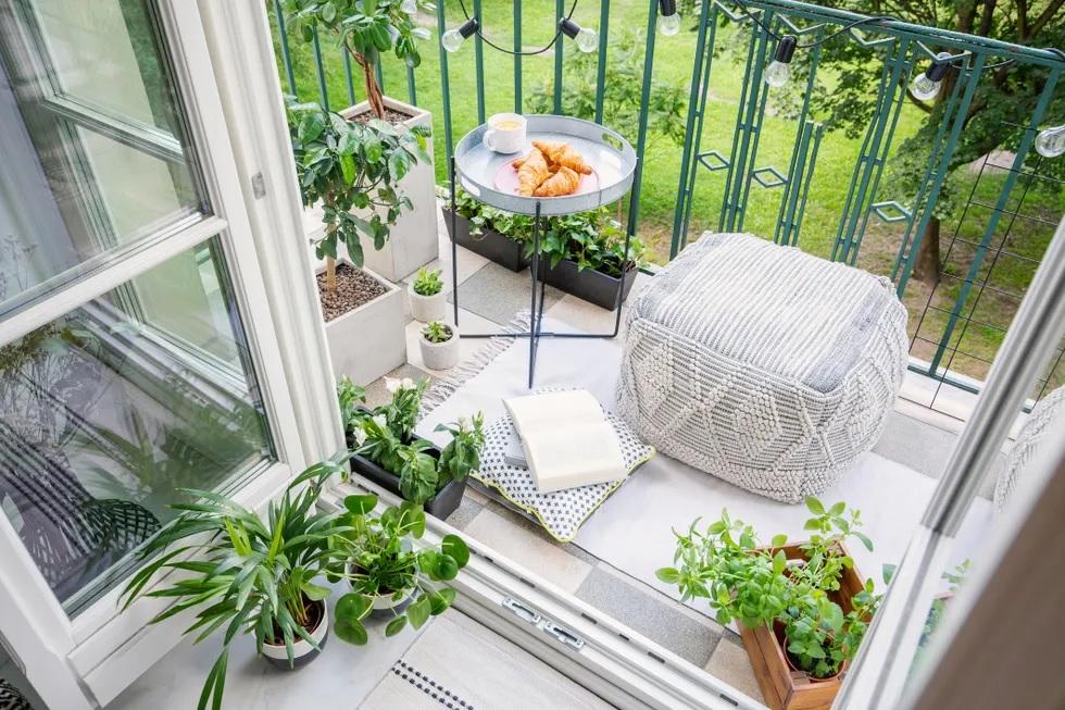 kucuk_balkon_dekorasyon_fikirleri_2021.jpg
