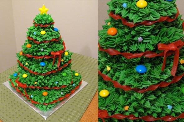 lj-christmas-tree-cake-590.jpg