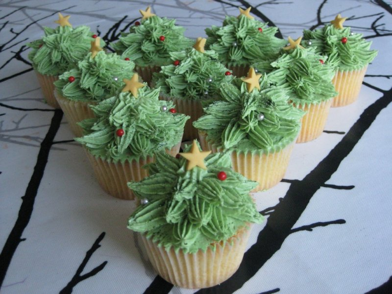 Oh-Christmas-Tree-Cupcakes-1024x768.jpg