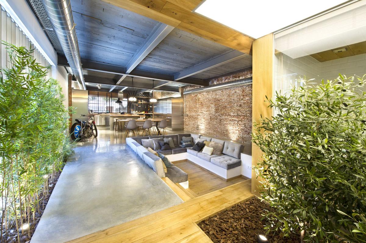 Open-Plan-Loft-Style-Home-Terrassa-Spain.jpg