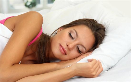 sıcak-havalarda-uyuyamayanlara-oneriler-2.png