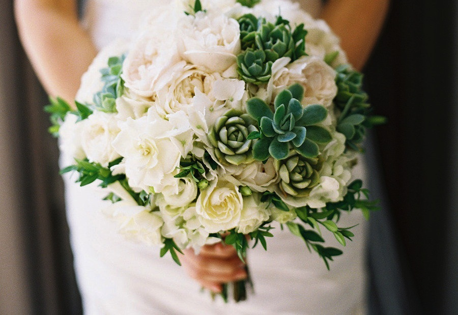 succulent-and-ivory-rose-wedding-bouquet.full.jpg