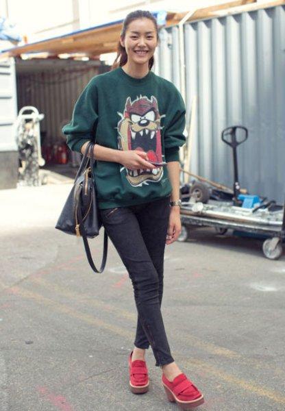 sweatshirt-kombinleri-8636890.jpg