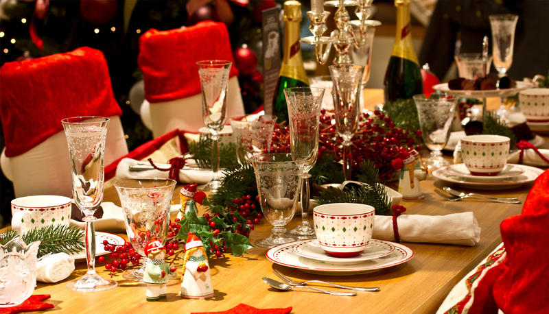 table-christmas.jpg