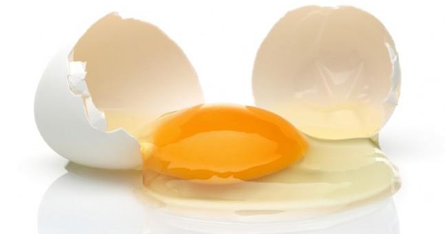 yumurta_beyazi_ile_yuzdeki_tuylerden_kurtulma.jpg