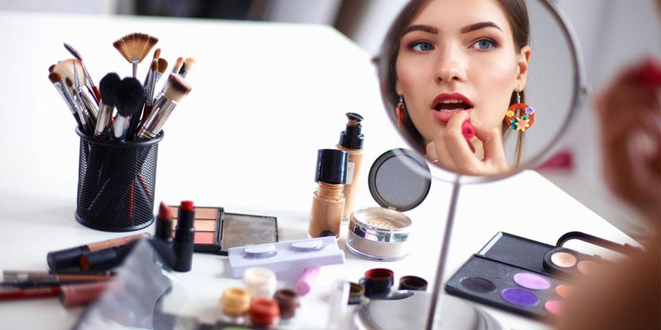 En Popüler Kozmetik Ürünlerin Yüzde 50 si Kansere Davetiye Kimyasallar İçeriyor