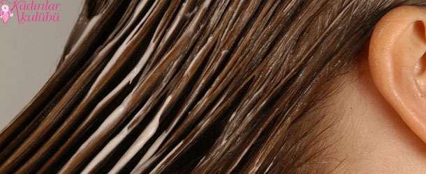Saçlar köpükle boyanıyor