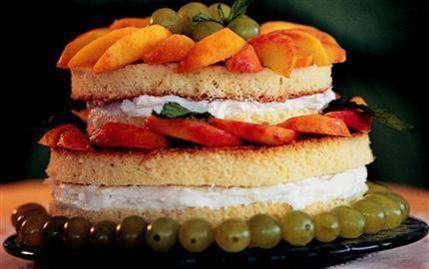 Meyveli beyaz pasta tarifi