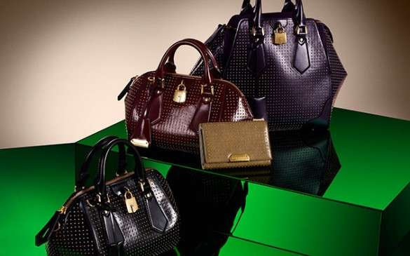 Burberry новая коллекция 2017 сумки