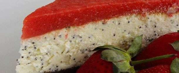 Çilekli haşhaşlı cheesecake tarifi