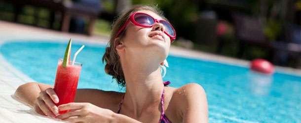 Tatilcileri bekleyen gizli tehlike: Havuz sistiti