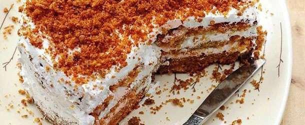 Havuçlu Tarçınlı Pasta Tarifi