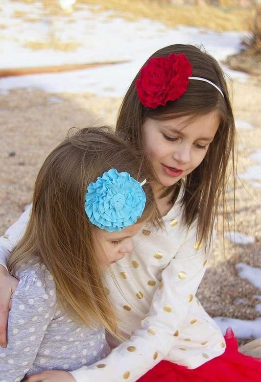 Kız çocuklarına çiçekli taç yapmaya ne dersiniz 56
