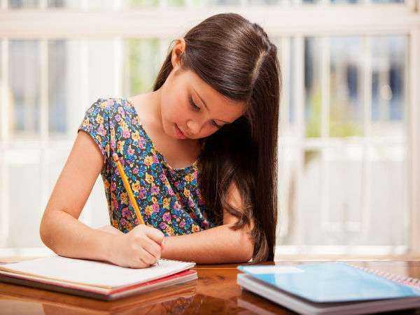 Dersleri Kötü Olan Çocuğa Nasıl Davranmalı?