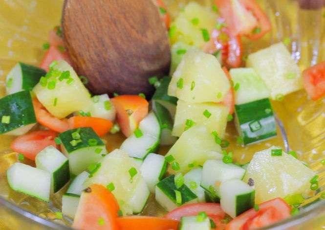 Cobb Salatası Nasıl Yapılır Resimli Tarif 13