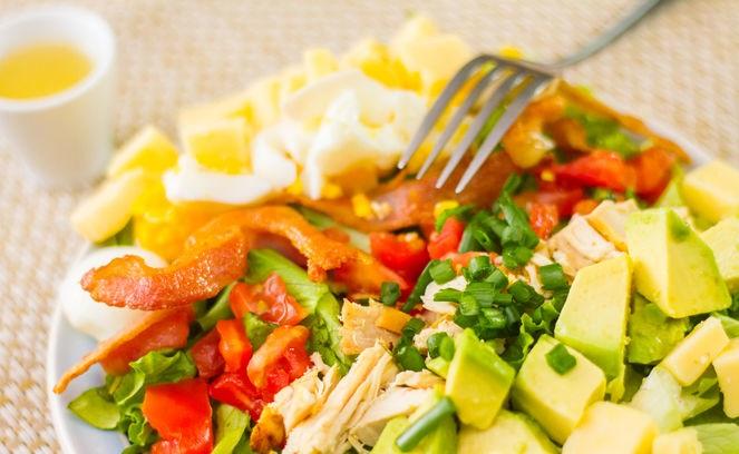 Cobb Salatası Nasıl Yapılır Resimli Tarif 22