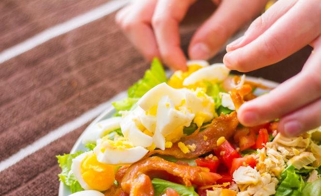 Cobb Salatası Nasıl Yapılır Resimli Tarif 26