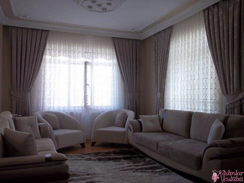 brillant oturma odas perde modelleri 2016 kad nlar kul b. Black Bedroom Furniture Sets. Home Design Ideas