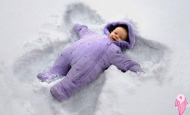 Çocuklarınızı karda dışarı çıkarın!