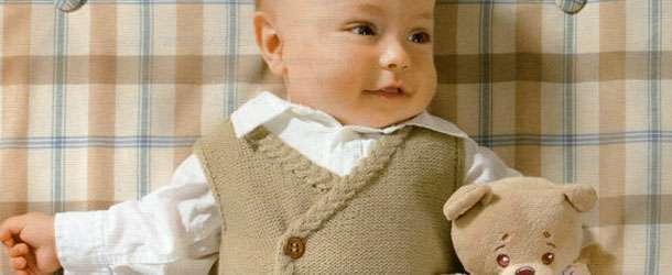 En Güzel 25 Örgü Erkek Bebek Yeleği Örneği