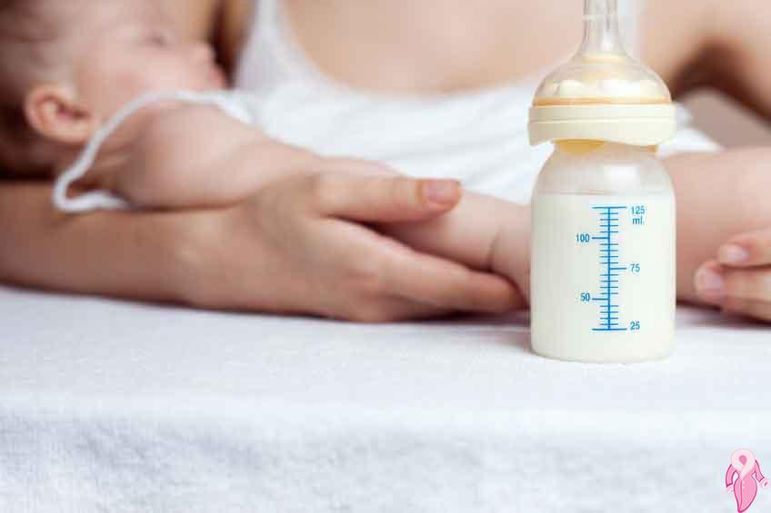 Bebekler Anne Sütünden Ek Gıdaya Nasıl Geçmelidir?