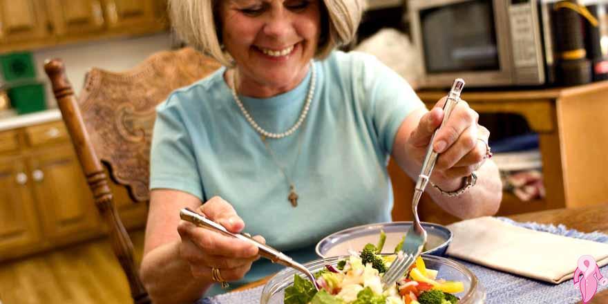 Sürekli yemek yeme isteği neden olur, hastalık belirtisi midir?