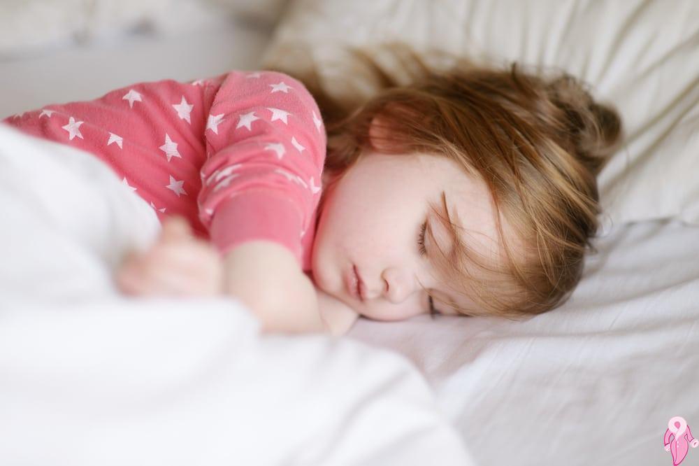Çocuklarda Horlama Neyin Belirtisidir? Ne Zaman Tehlikelidir?